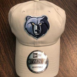 NWT Memphis Grizzlies hat
